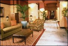 Hotel Mark Twain lobby